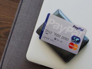 MasterCard и PayPal обсуждают опросы сотрудничества