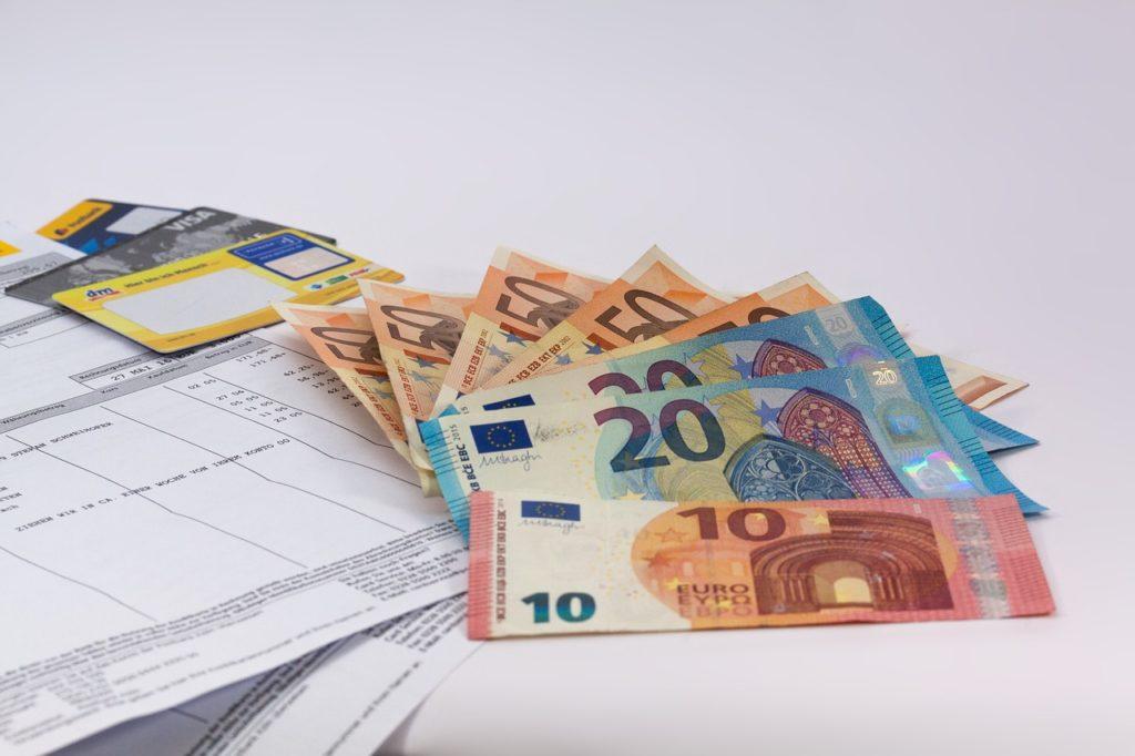 Использование брокерского счета при валютных операциях
